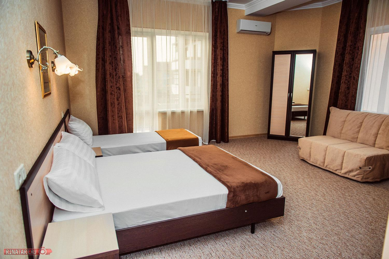 Номер в отеле Август