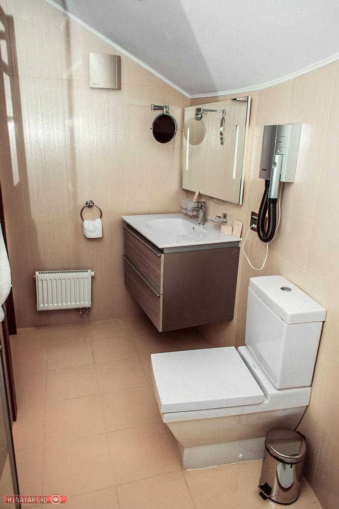 Просторная ванная комната фото