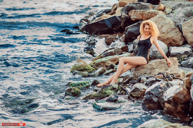 фотосессия девушки на море