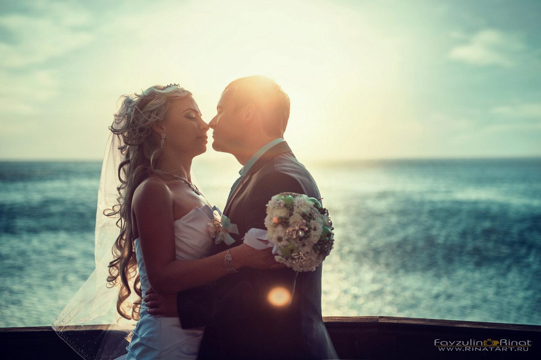 свадебная фотосессия возле моря