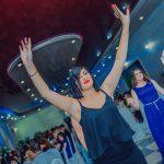танцы гостей