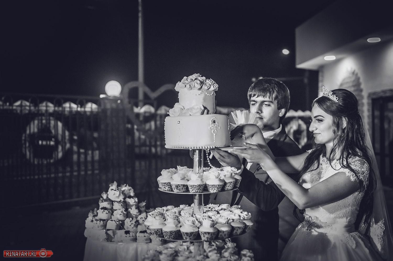 свадебный торт на свадьбе