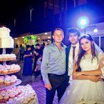 армянская пара с гостем