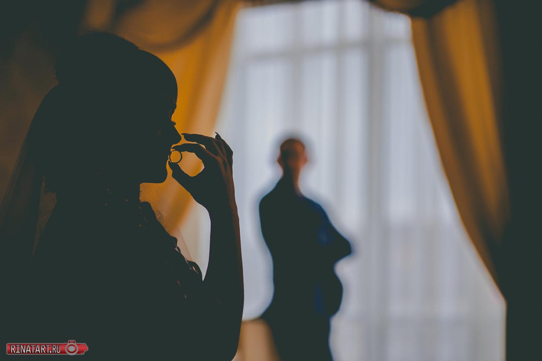 Заказать фотосессию в местах прогулки жениха и невесты